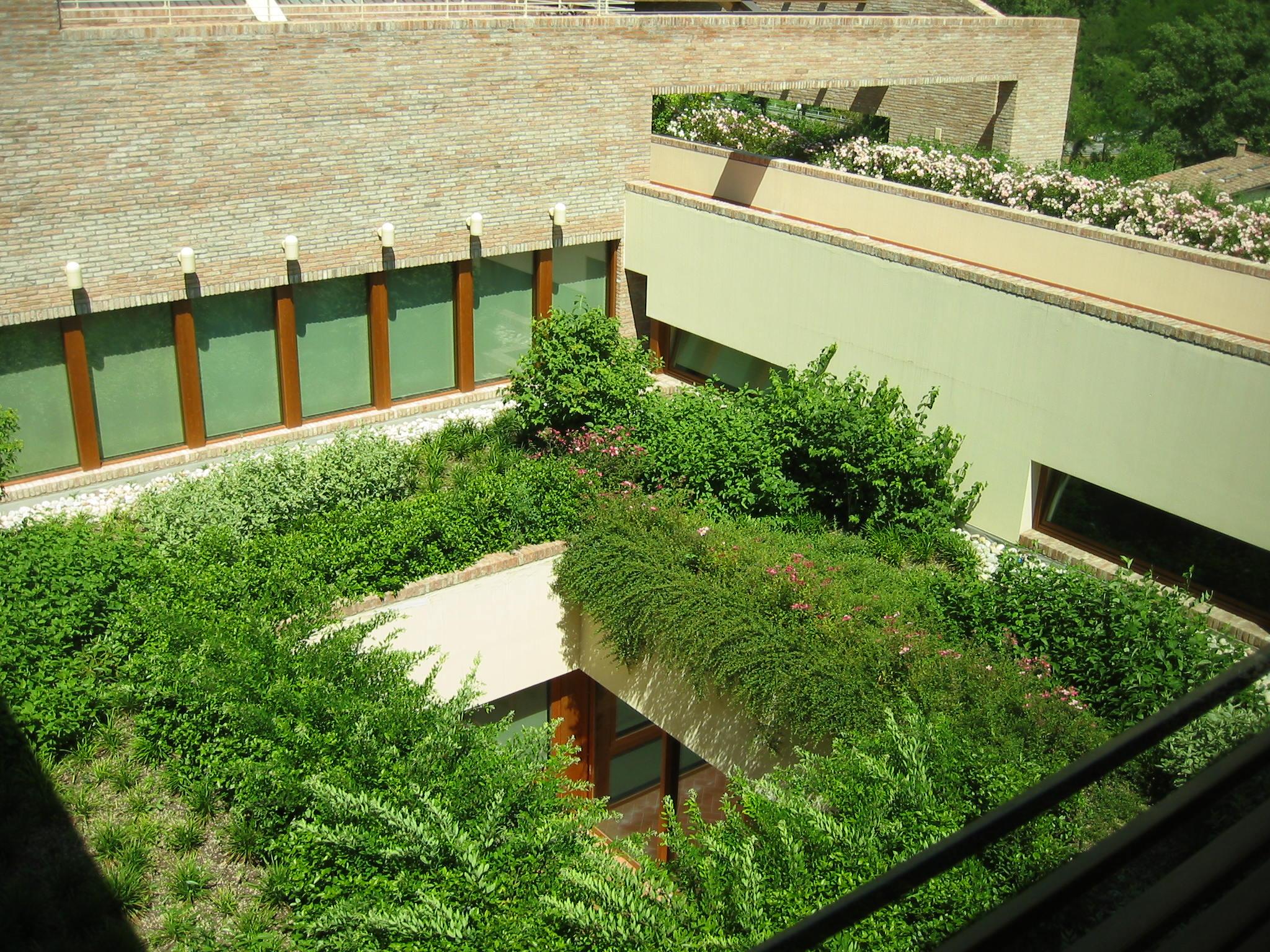 Giardini pensili contro lo smog bioecogeo for Progettare un terrazzo giardino