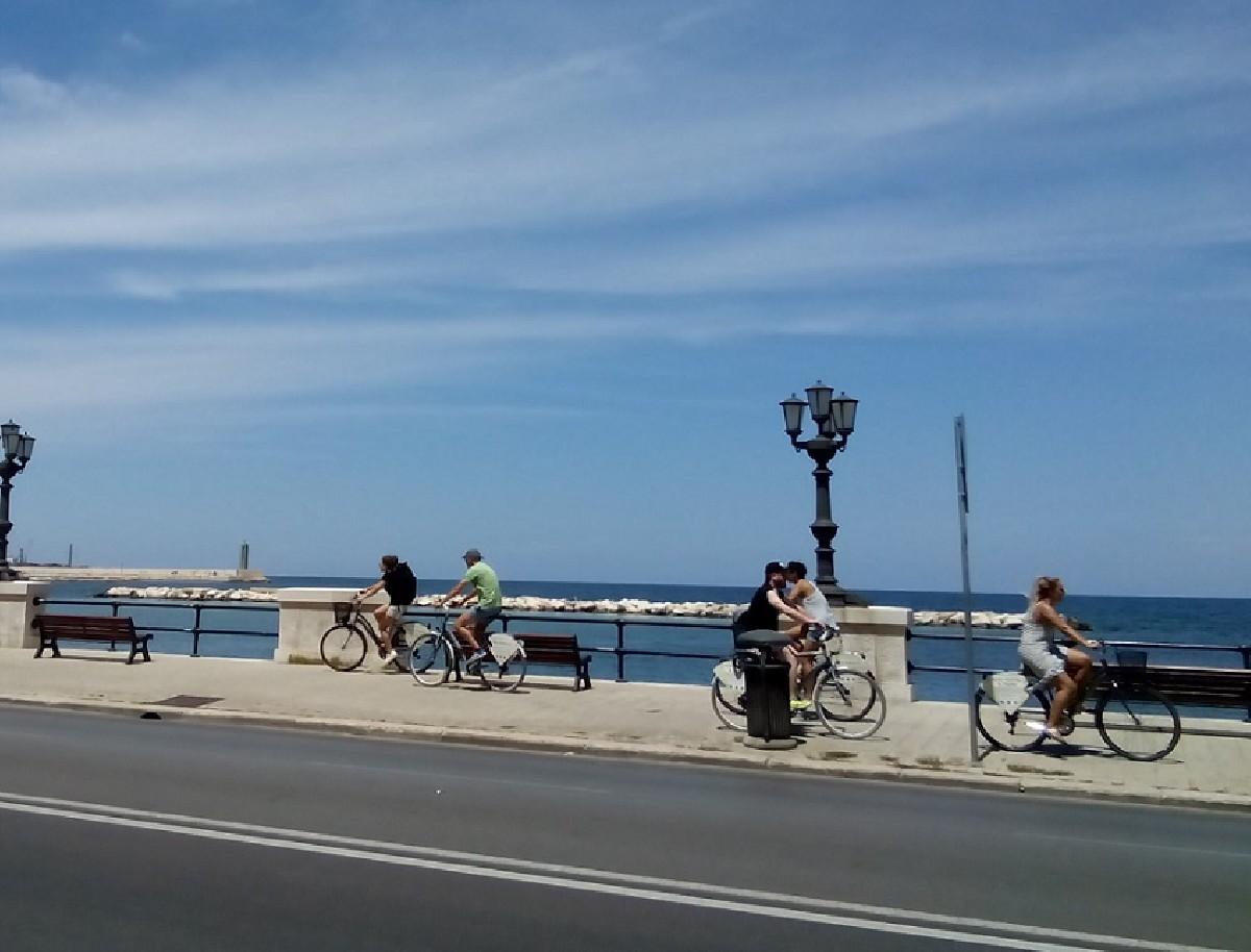 BioEcoGeo_Bari_ciclisti