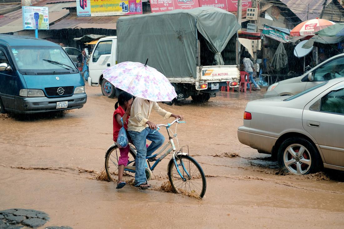 Inondazioni causate da piogge eccezionali a Paov, Kampong Cham province, Cambogia