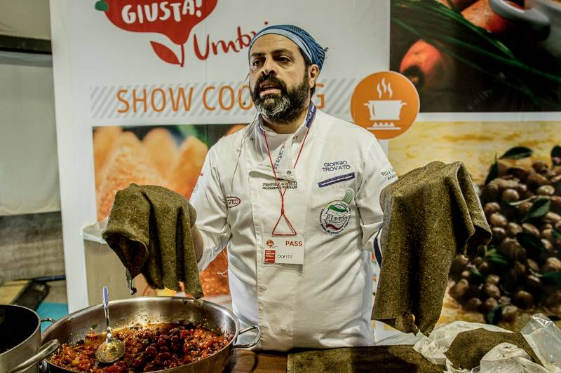 show%20cooking%20canapa