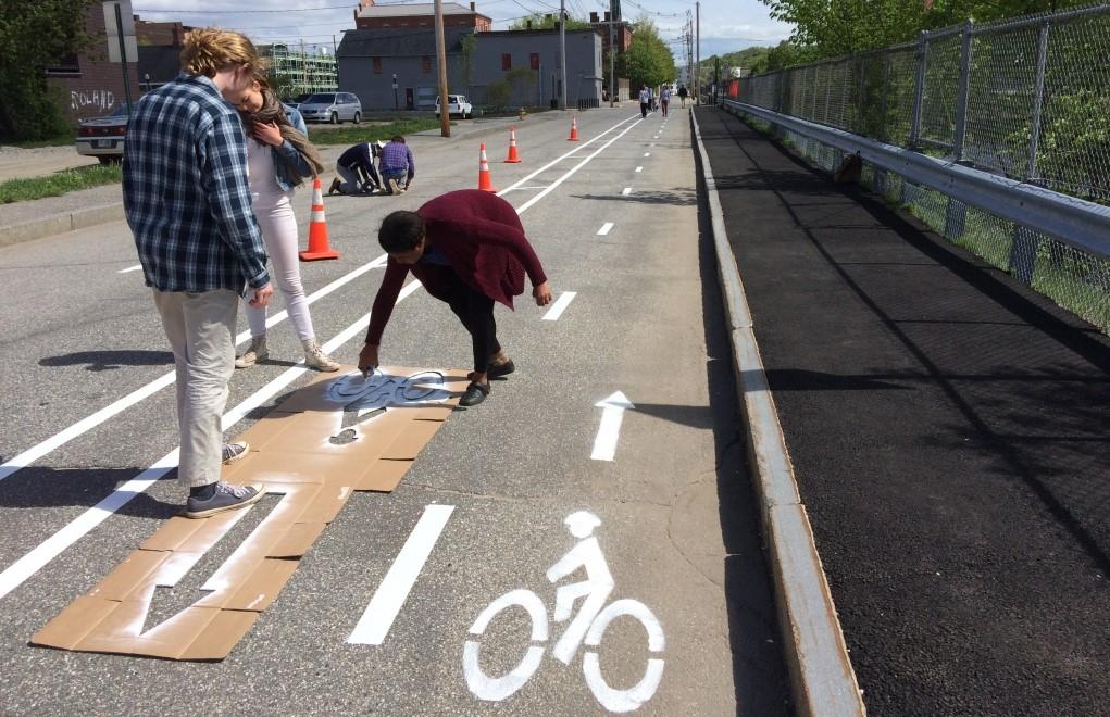 BioEcoGeo_pop-up-bike-lane